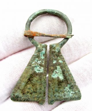 Viking Bronze Penannular Omega Brooch - Lovely Ancient Historic Artifact - D153 photo