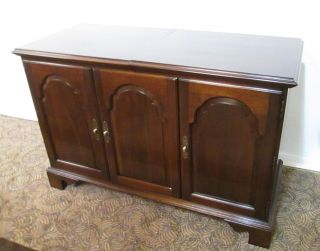 57867 Ethan Allen Stereo Record Cabinet photo