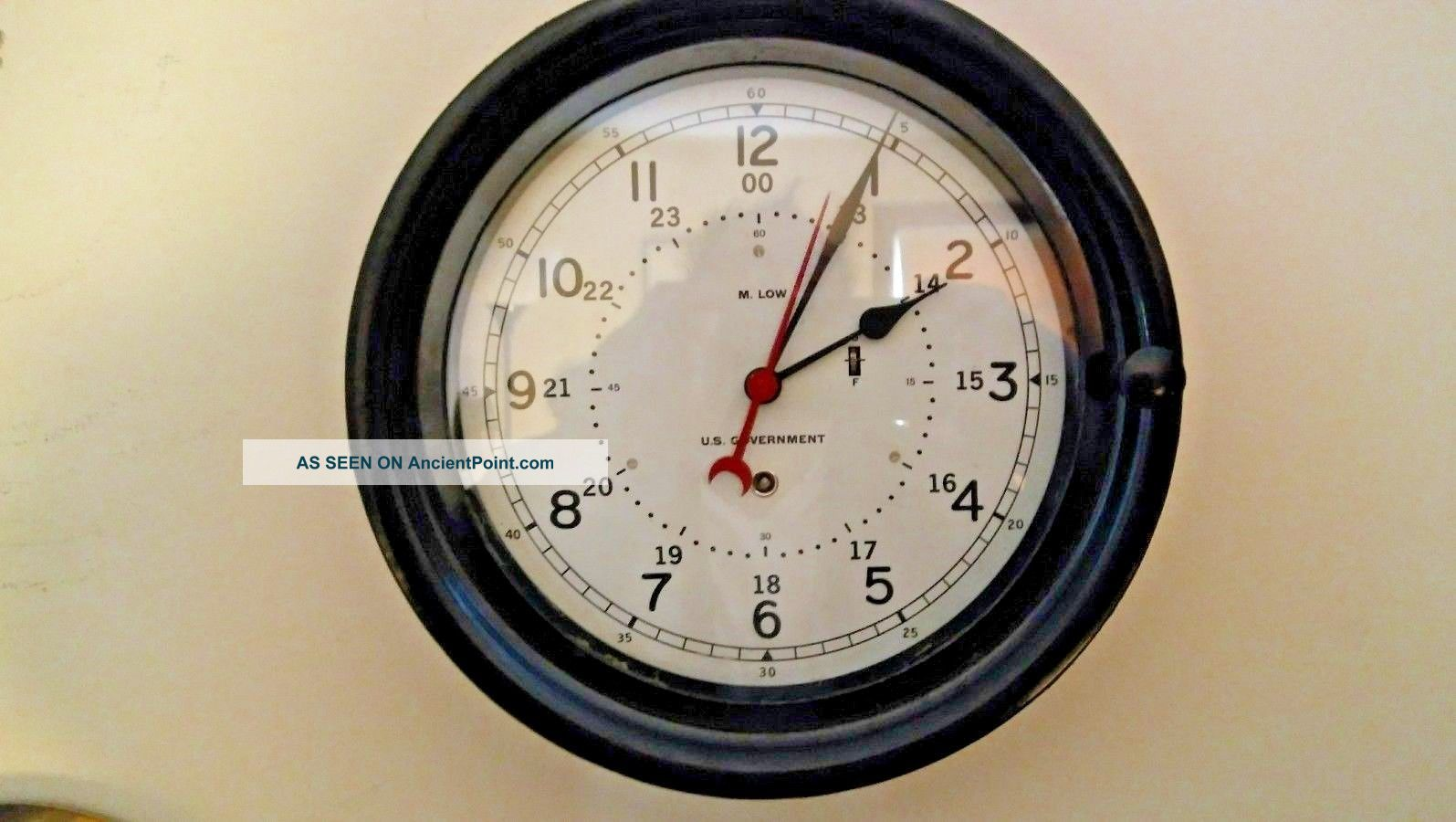 Chelsea / M.  Low Ww2 10 1/2 Inch 12/24 Hour U.  S Government Bulkhead Clock Clocks photo