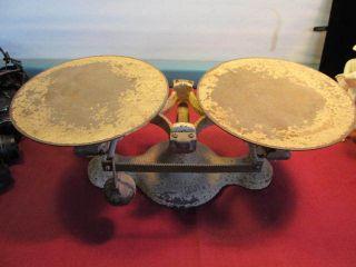 Vintage Antique Mercantile Balance Scale - Cast Iron,  Jacobs Bros.  Detecto No.  2 photo
