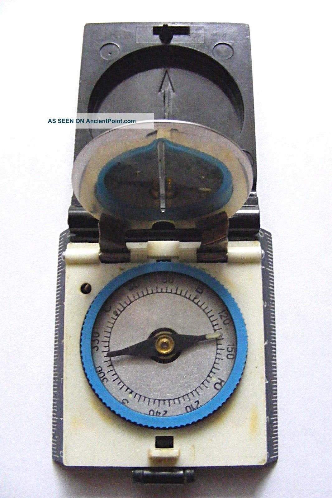 Old Russian Soviet Vintage Compass Тourist 2 For Tourism Foldable Plastic Box Compasses photo