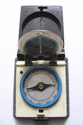 Old Russian Soviet Vintage Compass Тourist 2 For Tourism Foldable Plastic Box photo