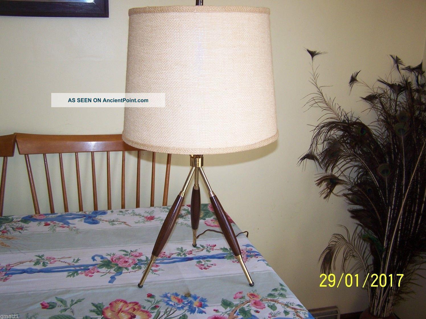 Gerald Thurston Tripod Table Lamp Vintage Mid - Century Modern Look Mid-Century Modernism photo