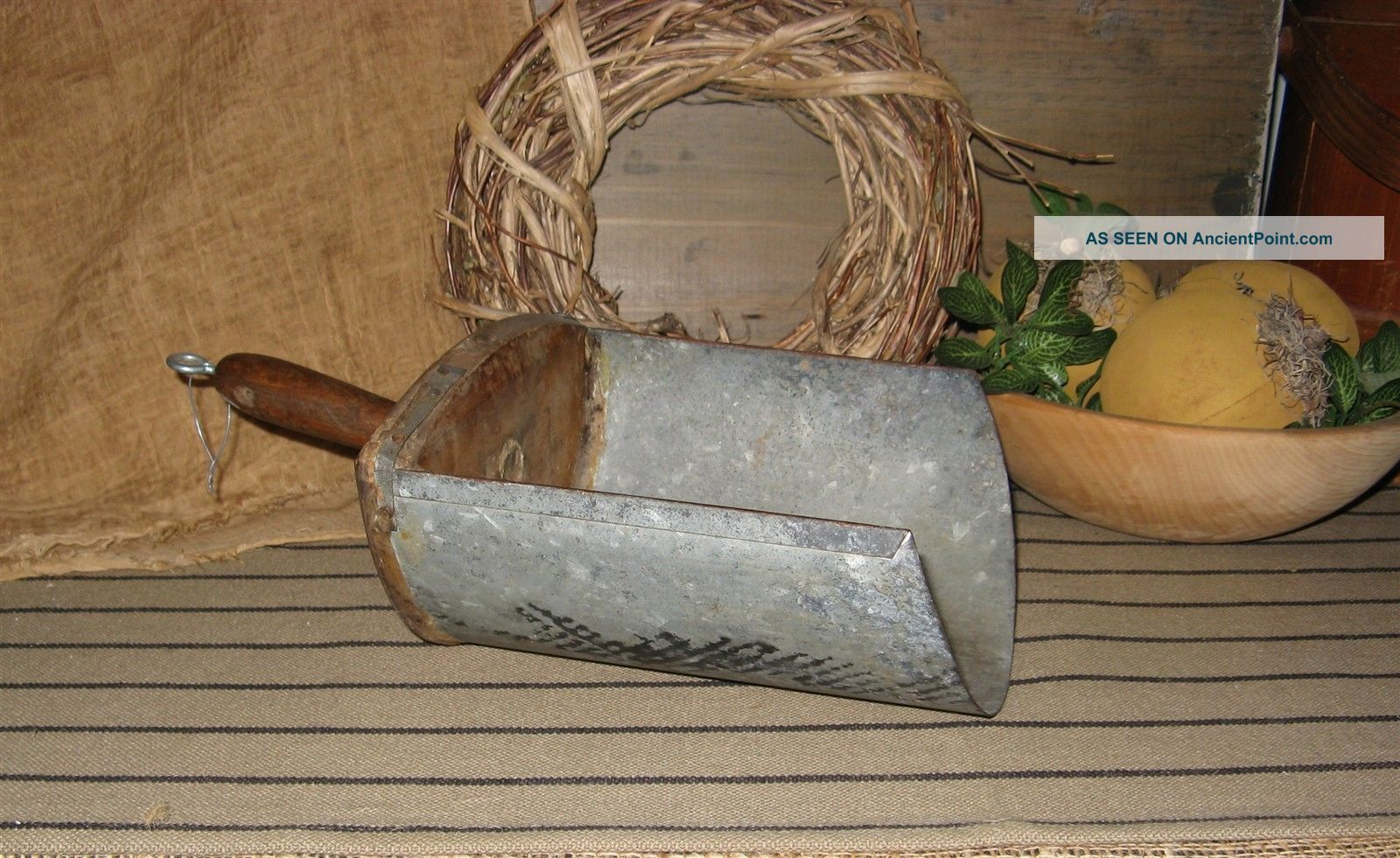 Antique Primtive Lge.  Country Store Grain Scoop 5 Tin/wood Handle Primitives photo