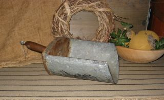 Antique Primtive Lge.  Country Store Grain Scoop 5 Tin/wood Handle photo
