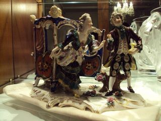 Royal Vienna Ladies Arrival Porcelain Figurine/austria Lat19th - E20thc/sanja Resv photo
