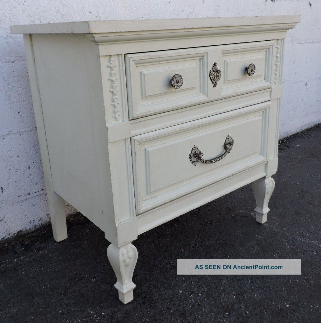 French Painted Nightstand Side End Table By Dixie 8199 Post-1950 photo