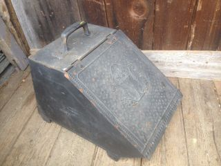 Vintage Coal Scuttle Bucket Primitive Metal Ash Bail W/handle Parts Bin photo