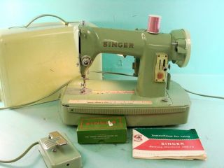 Vintage Green 1950s Singer Sewing Machine Model 185j3 Complete Kit W/ Case Pedal photo