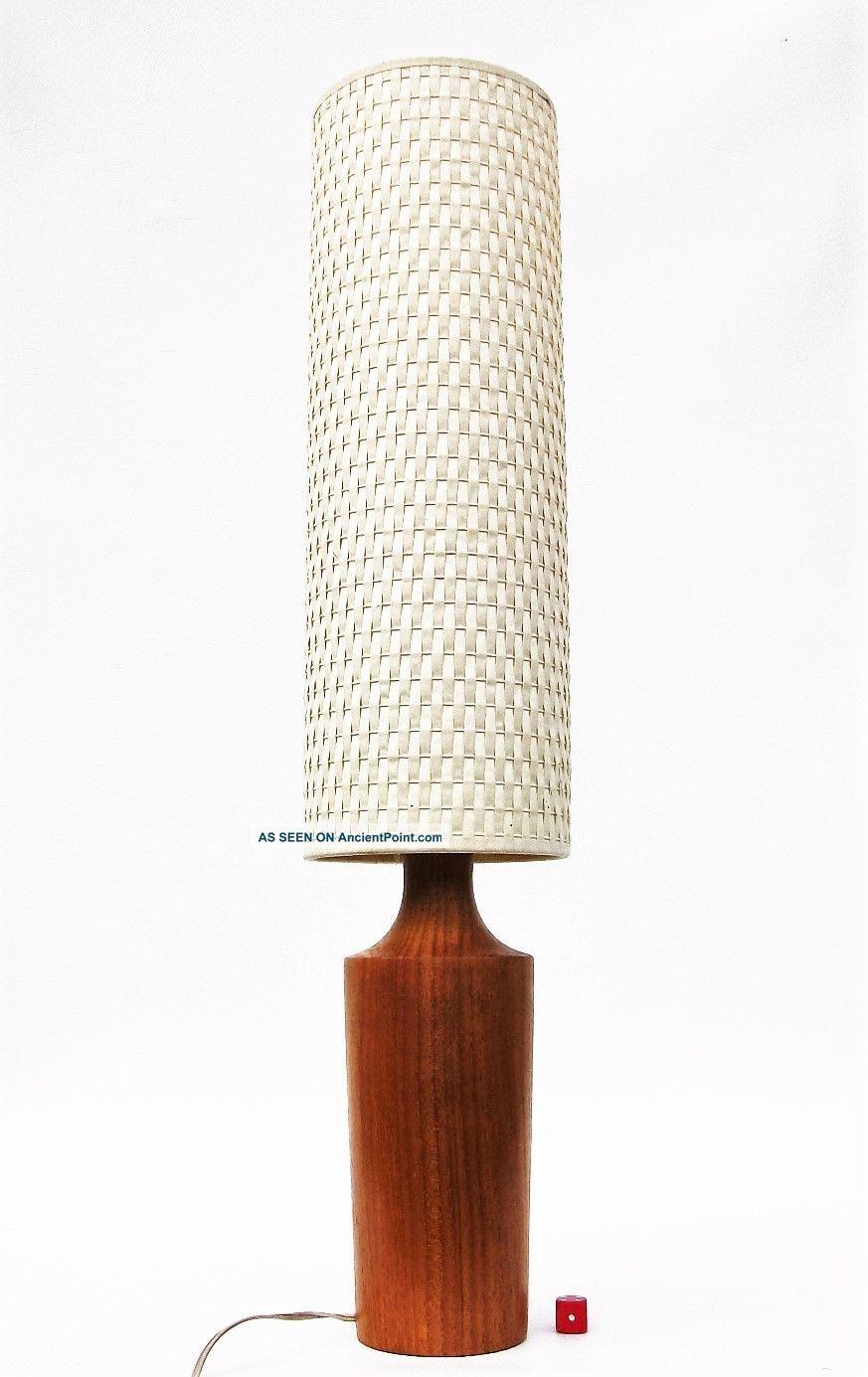 Teak Wood Table Lamp Hand Turned Danish Style Pop Art Mid Century Modernist 31cm Mid-Century Modernism photo