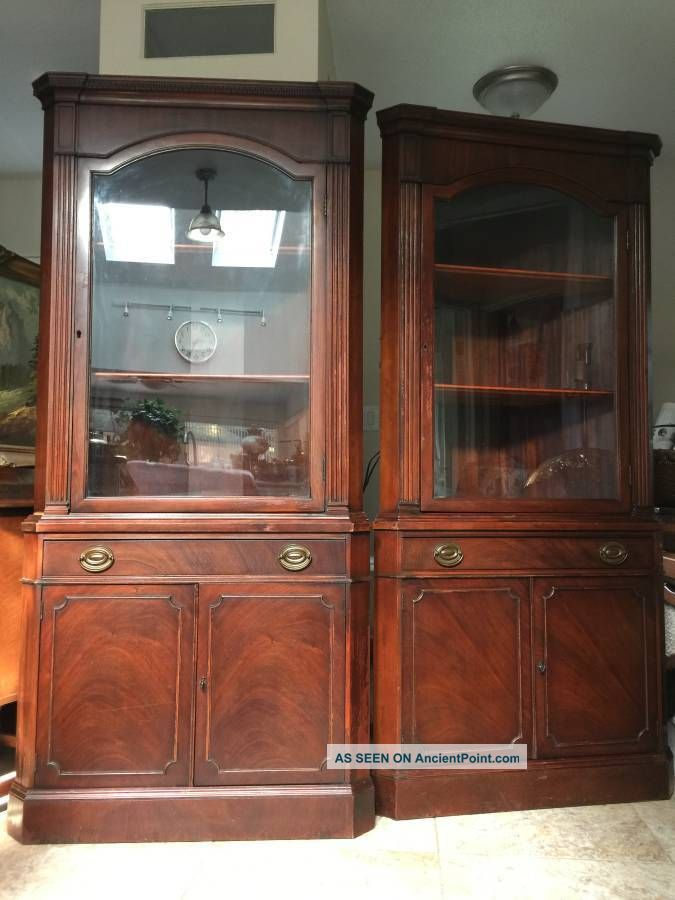Pair Drexel Antique Mahogany Corner China Cabinet Curio 1930s Post-1950 photo