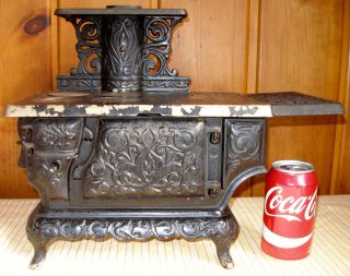 C.  1895 Ideal No.  3 Cast Iron Toy Stove,  Restoration Or Parts,  Antique photo