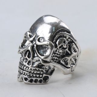 Chinese Collectable Tibet Silver Hand Carved Skull Ring Z174 photo