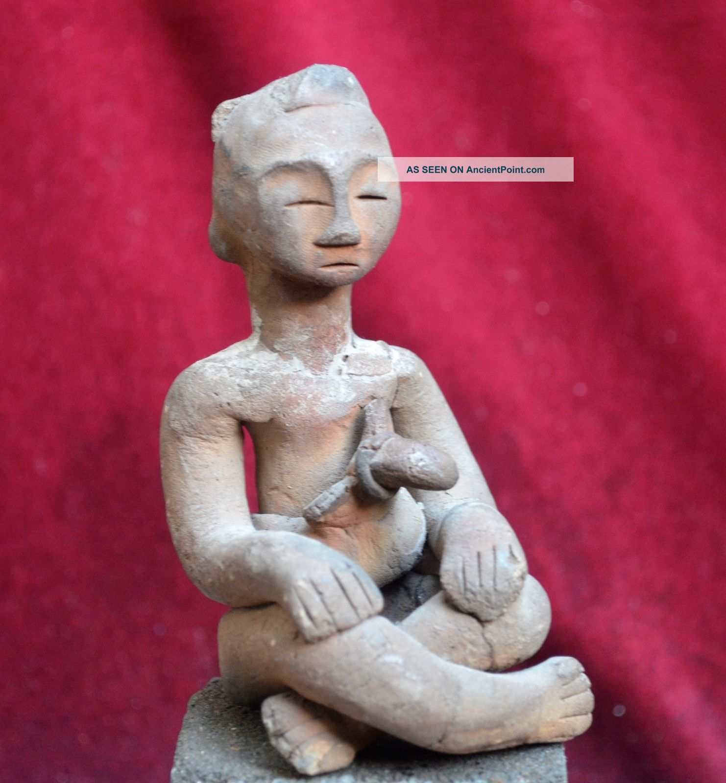 Antique Pottery Statue/idol With A Keris,  Celebes,  Indonesa Pacific Islands & Oceania photo
