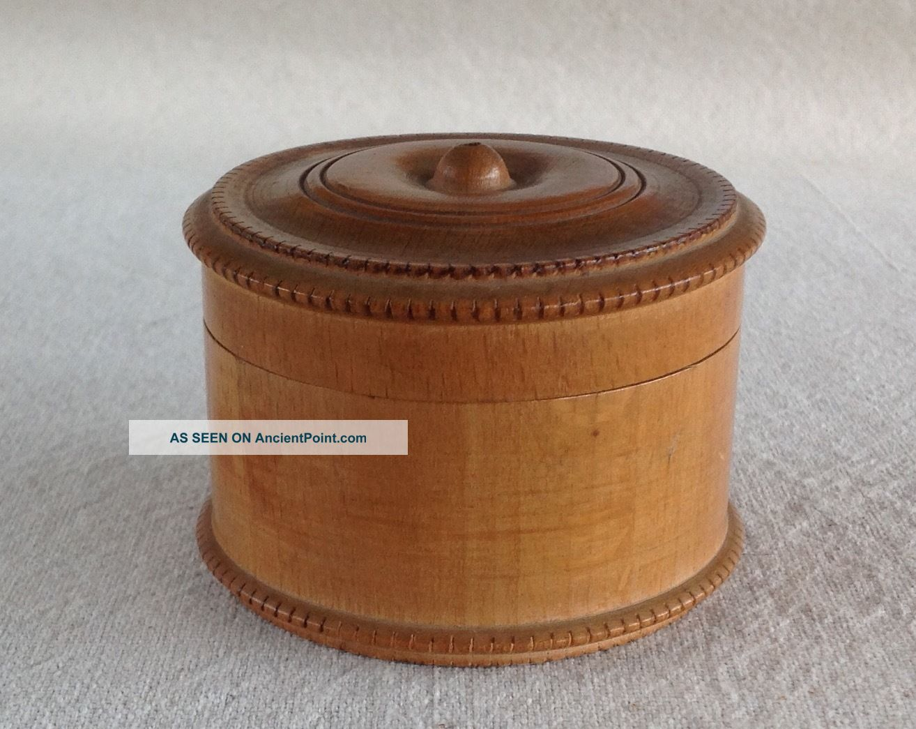 Antique Maple String Thread Box,  Ring Turned Lid,  Round Dentil Molding Edges Boxes photo