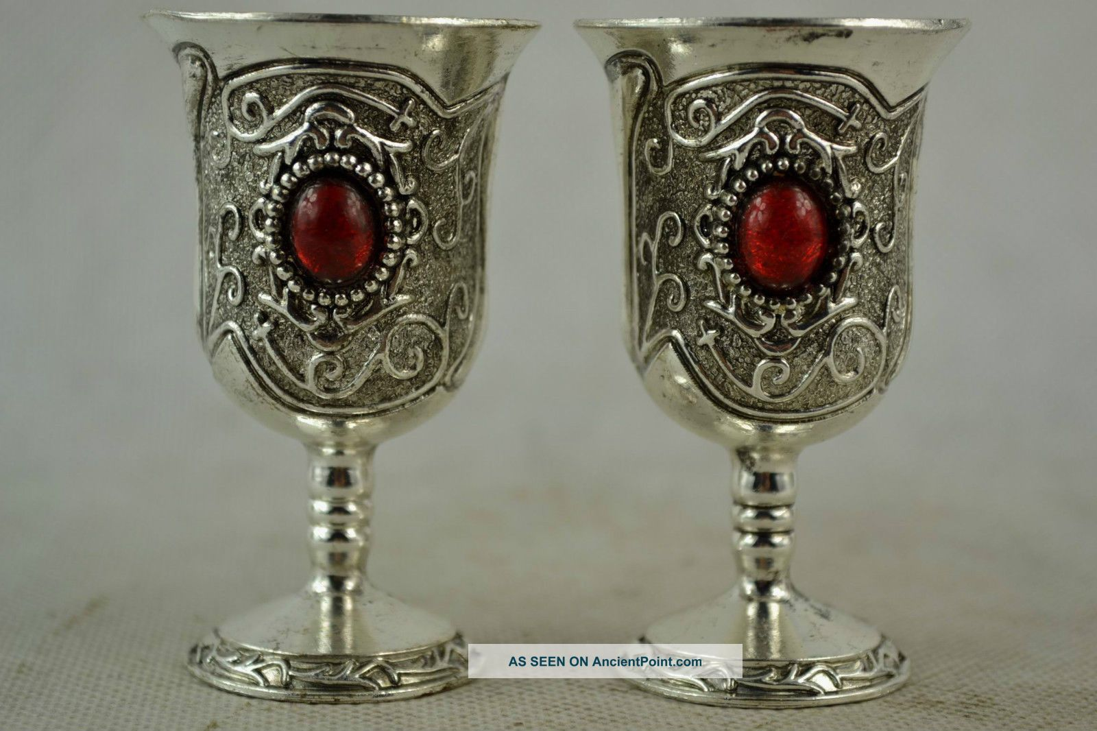 Handwork Miao Silver Carved Pattern Inlay Red Bead Wine Cup Glasses & Cups photo