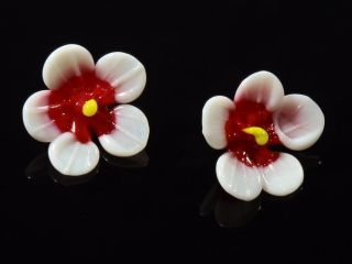 (2) 16mm Antique Victorian Venetian Lampwork Realistic Red Glass Flower Buttons photo