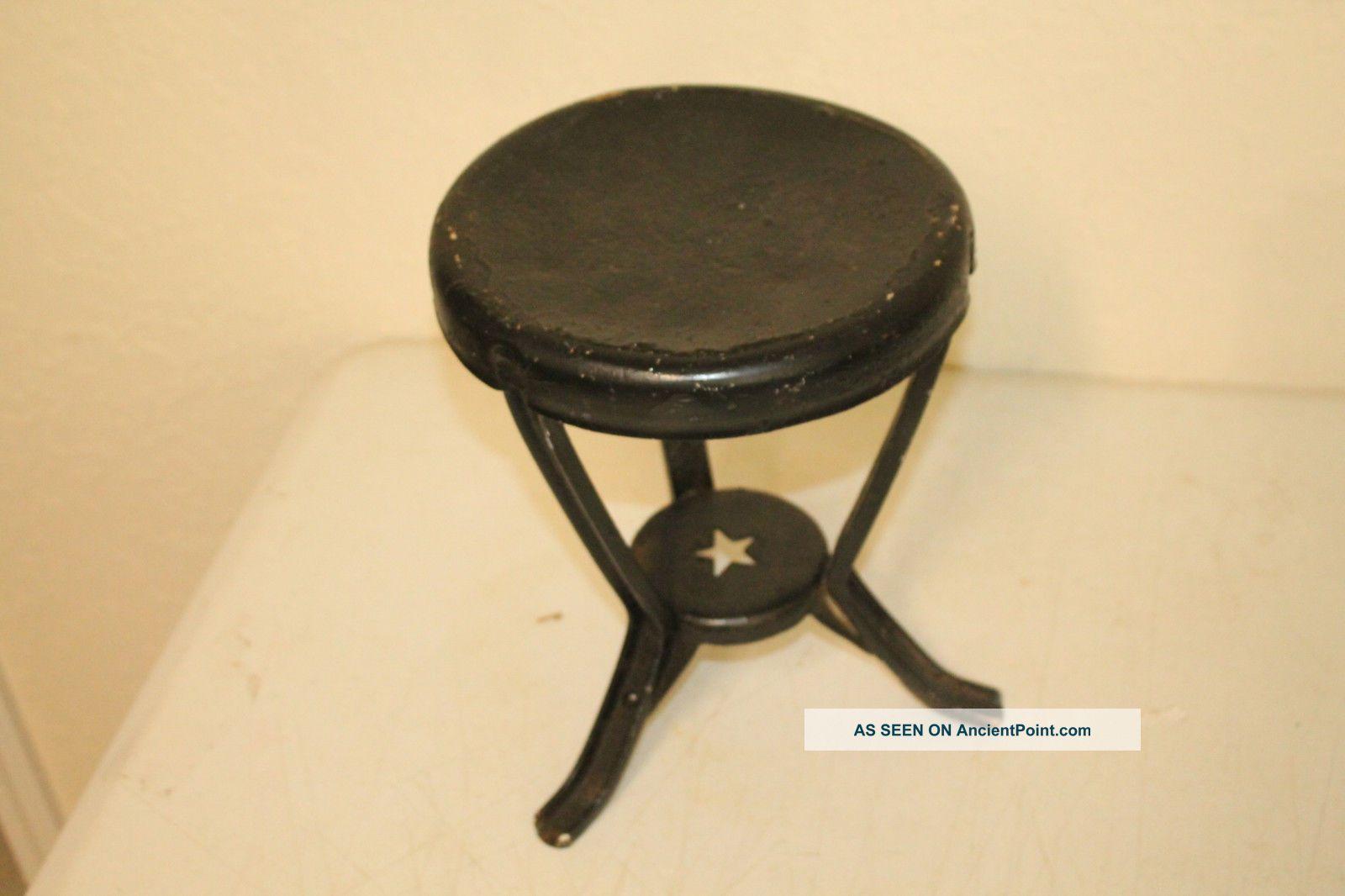 Antique Orignial Iron Metal Primitive Star Milking Stool 3 Legged Farm Tool 1900-1950 photo