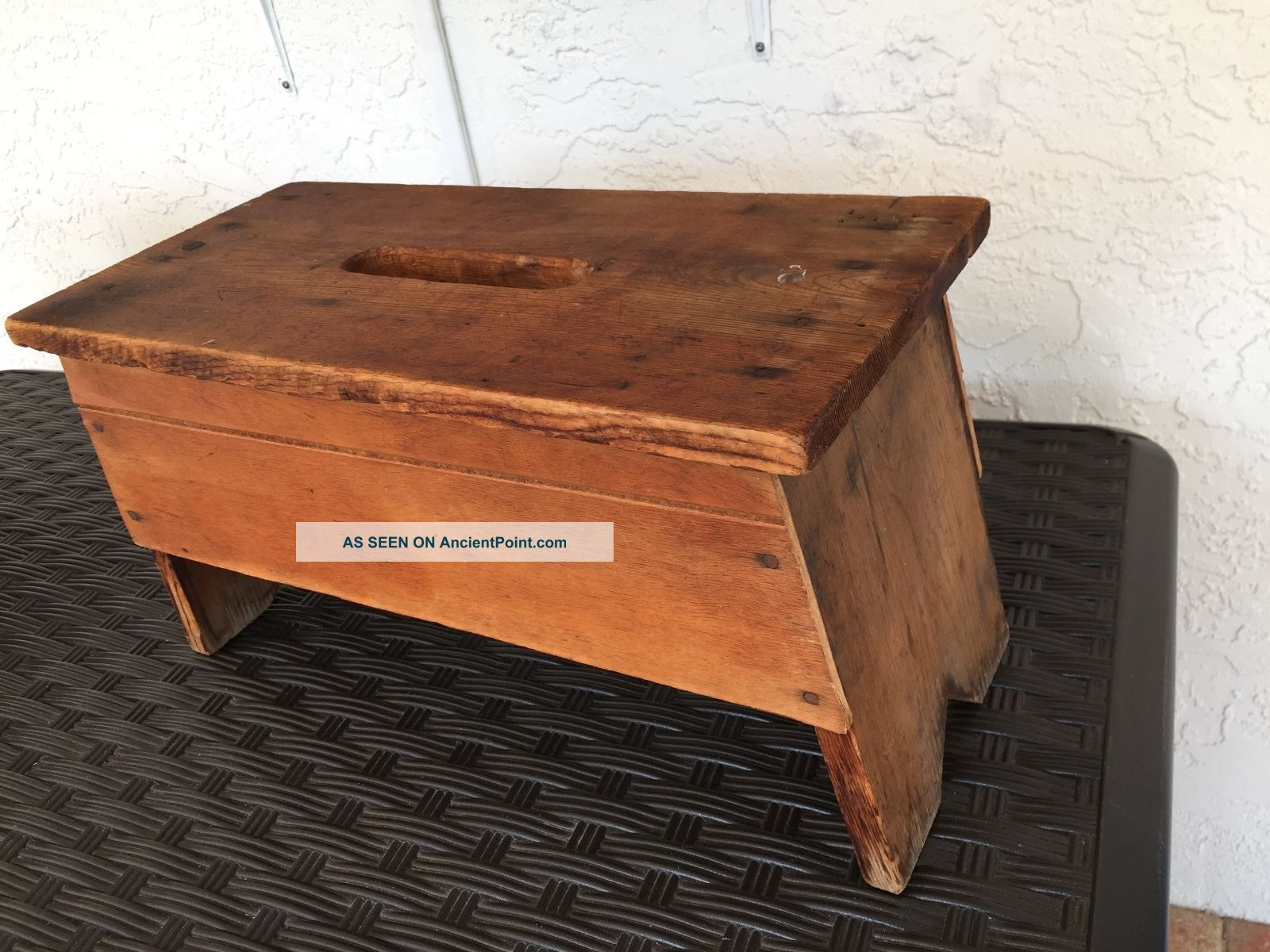 Vintage Hand Crafted Arts & Crafts Utility Step Stool/ Bench Open Carry Handle Unknown photo