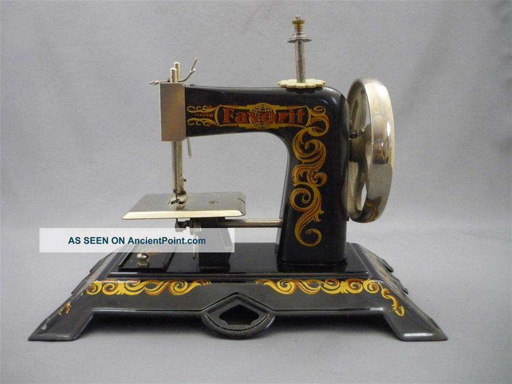 Antique Favorit Miniature Hand Crank Sewing Machine Child ' S Toy Vintage Germany Sewing Machines photo