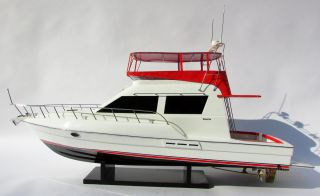 Hand - Crafted Silverton 42 Convertible Model Yacht photo