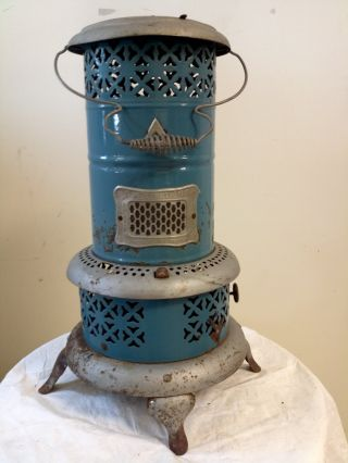 Vintage - Antique Blue Enamel Smokeless Kerosene Heater Perfection No 630 photo
