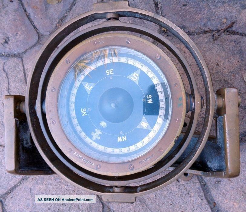 Royal Navy Pattern 195ta Brass Ship ' S Compass W/ Bracket Compasses photo