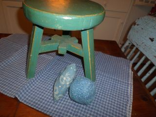 Primitive Little Round Stool Pretty Blue/green Makes A Great Riser To. photo