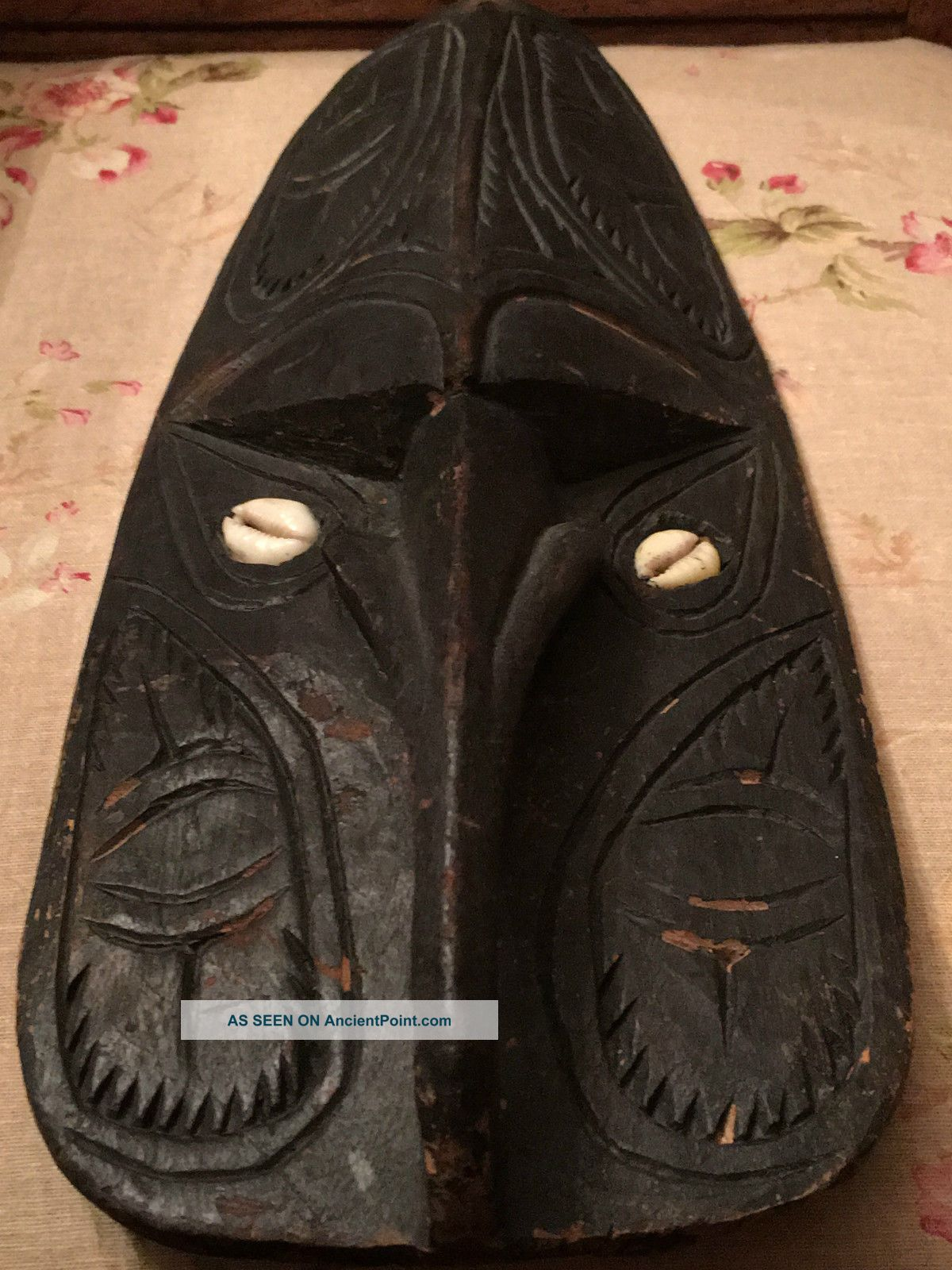 Authentic Handmade Ceremonial Mask (papua Guinea) Pacific Islands & Oceania photo