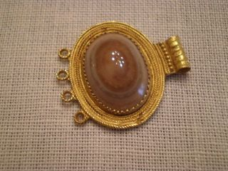 Roman Or Parthian Gold Pendant With Lavender Agate Circa 100 Bc - 200 Ad photo