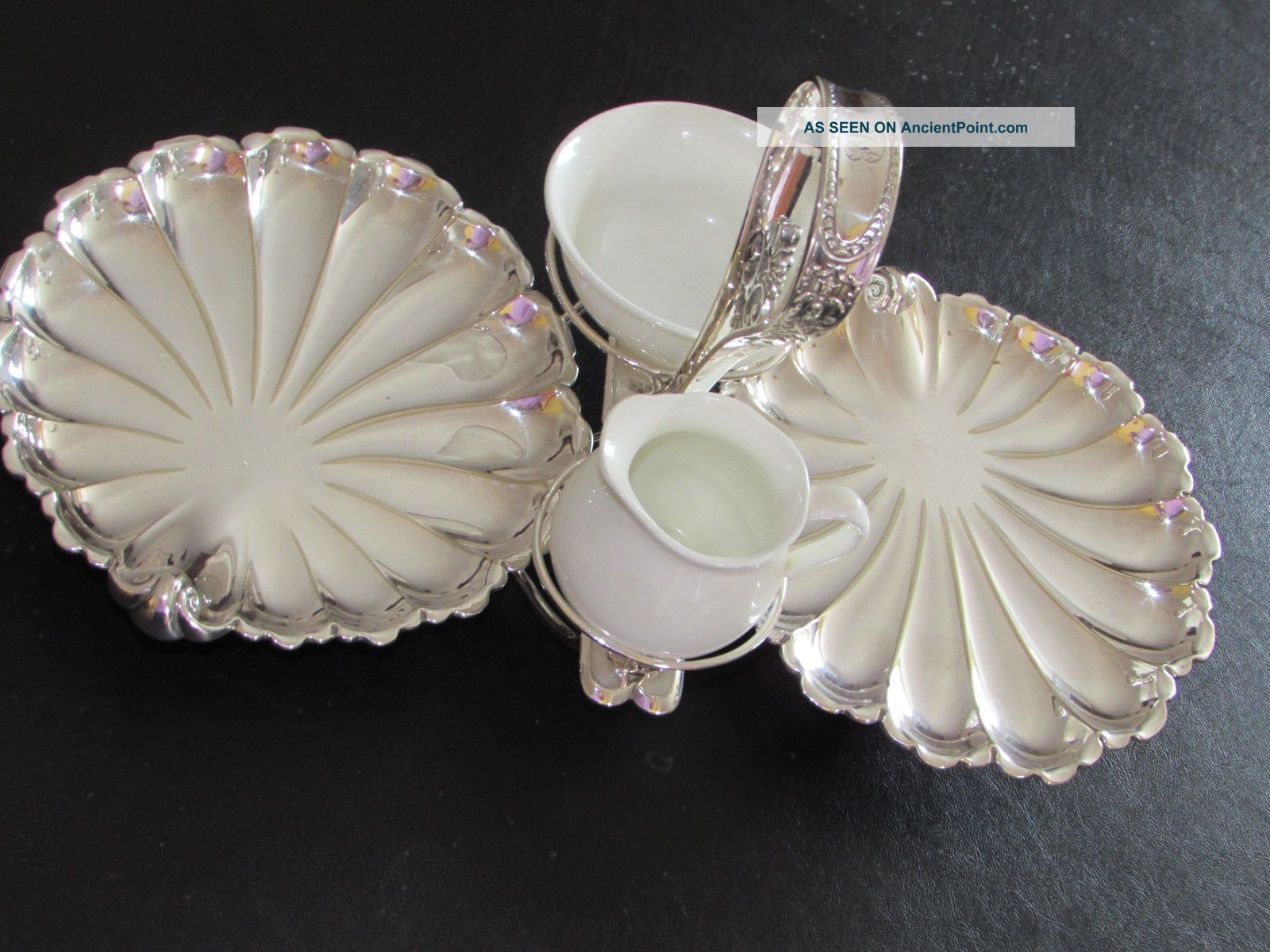 Victorian Sheffield Silver Plate Hors D ' Oeuvres Scallop`shells Serving Dish Platters & Trays photo