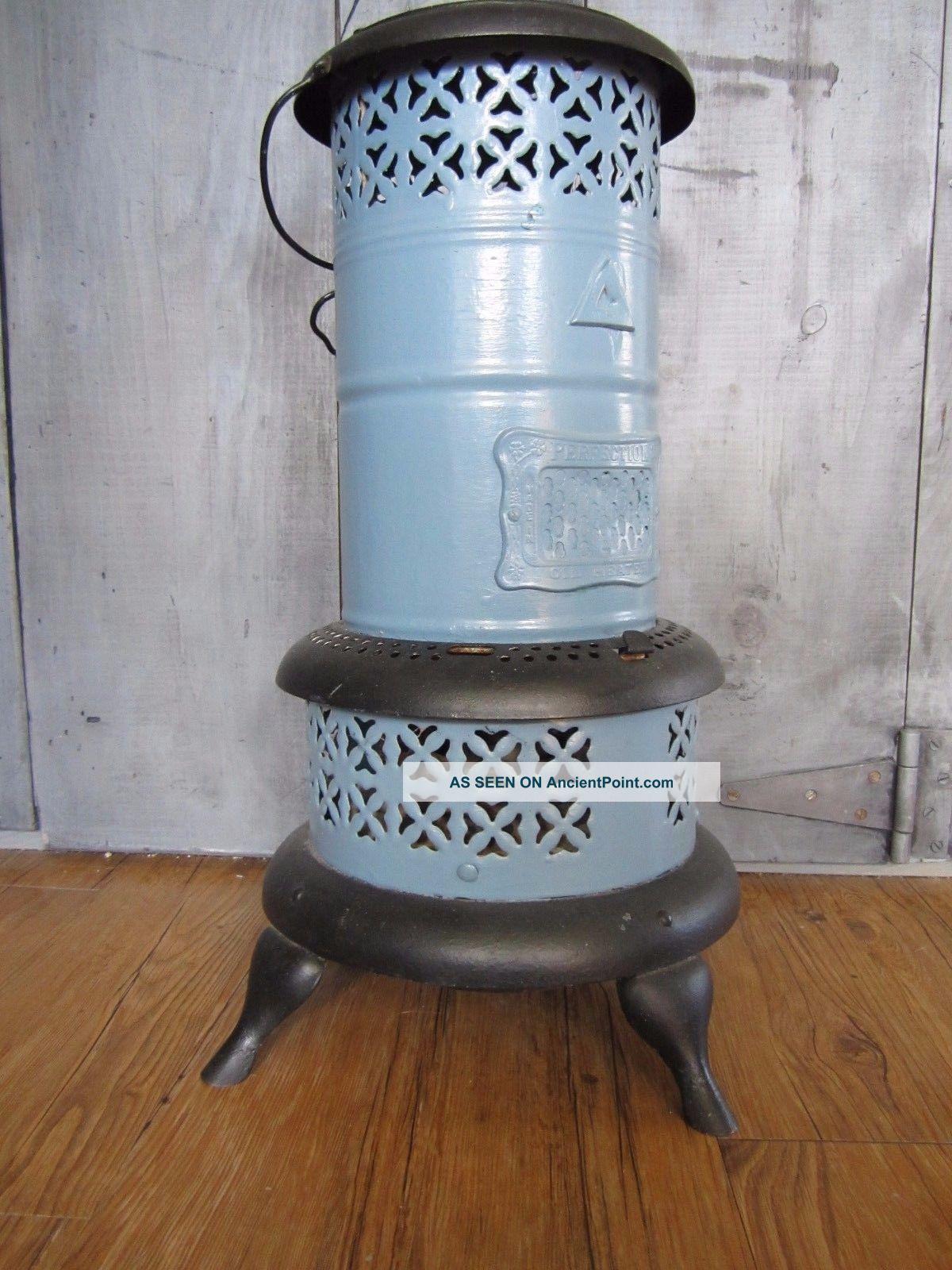 Vintage Perfection 630 Smokeless Oil Kerosene Heater Blue Porcelain Usa Stoves photo