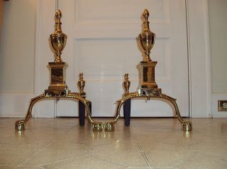 Virginia Metalcrafters 1006 Philadelphia 18thc Polished Brass Andirons /nrnw photo