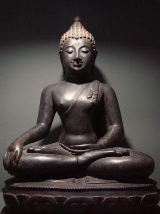 Antique Bronze Meditating Chiengsaen Buddha,  Temple Relic.  19th Century.  Rare photo