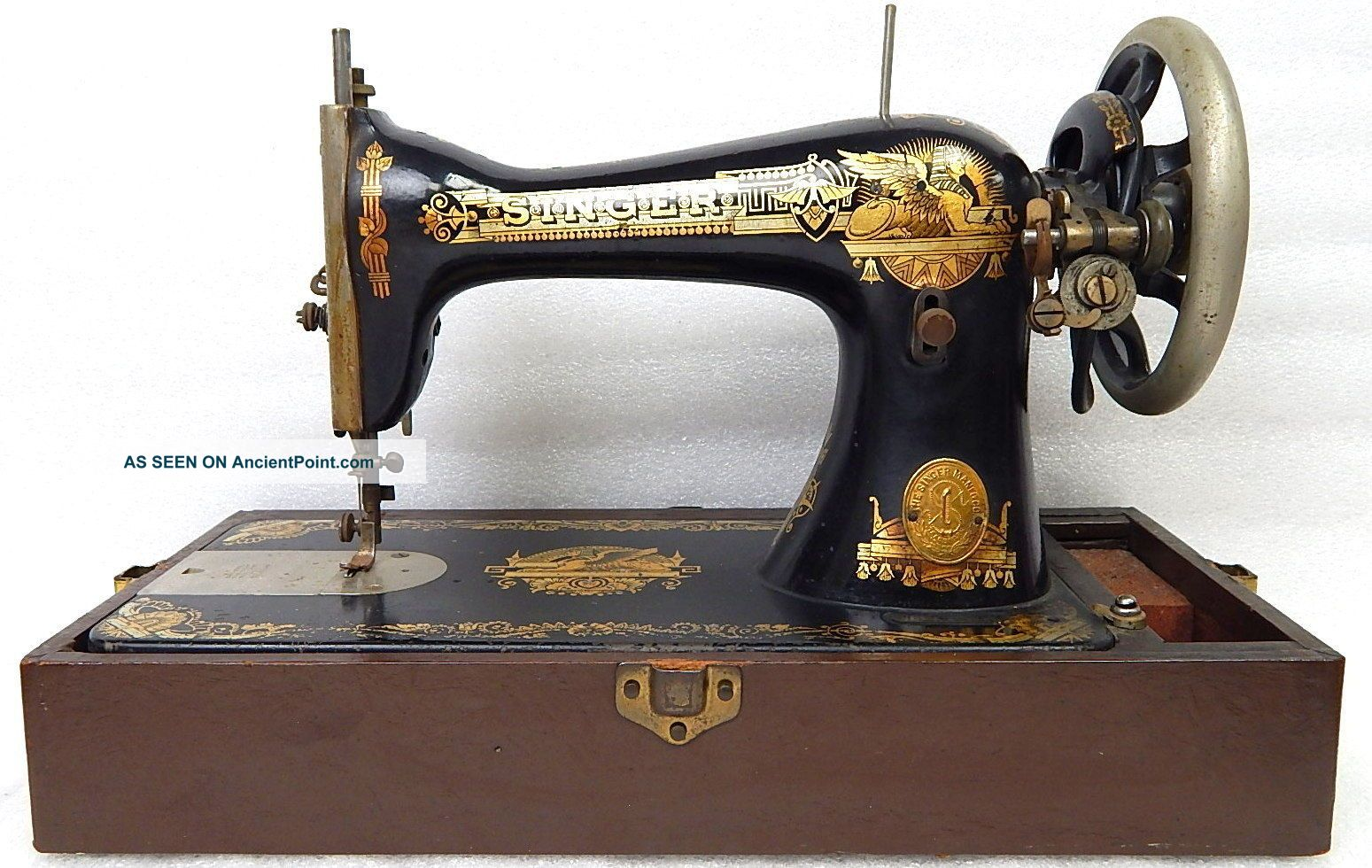 Antique Singer Egyptian Golden Sphinx Model 15 66 Sewing Machine C 1908 Sewing Machines photo
