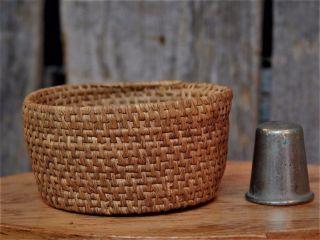 Primitive Antique Vintage Miniature Woven Round Basket Aafa photo
