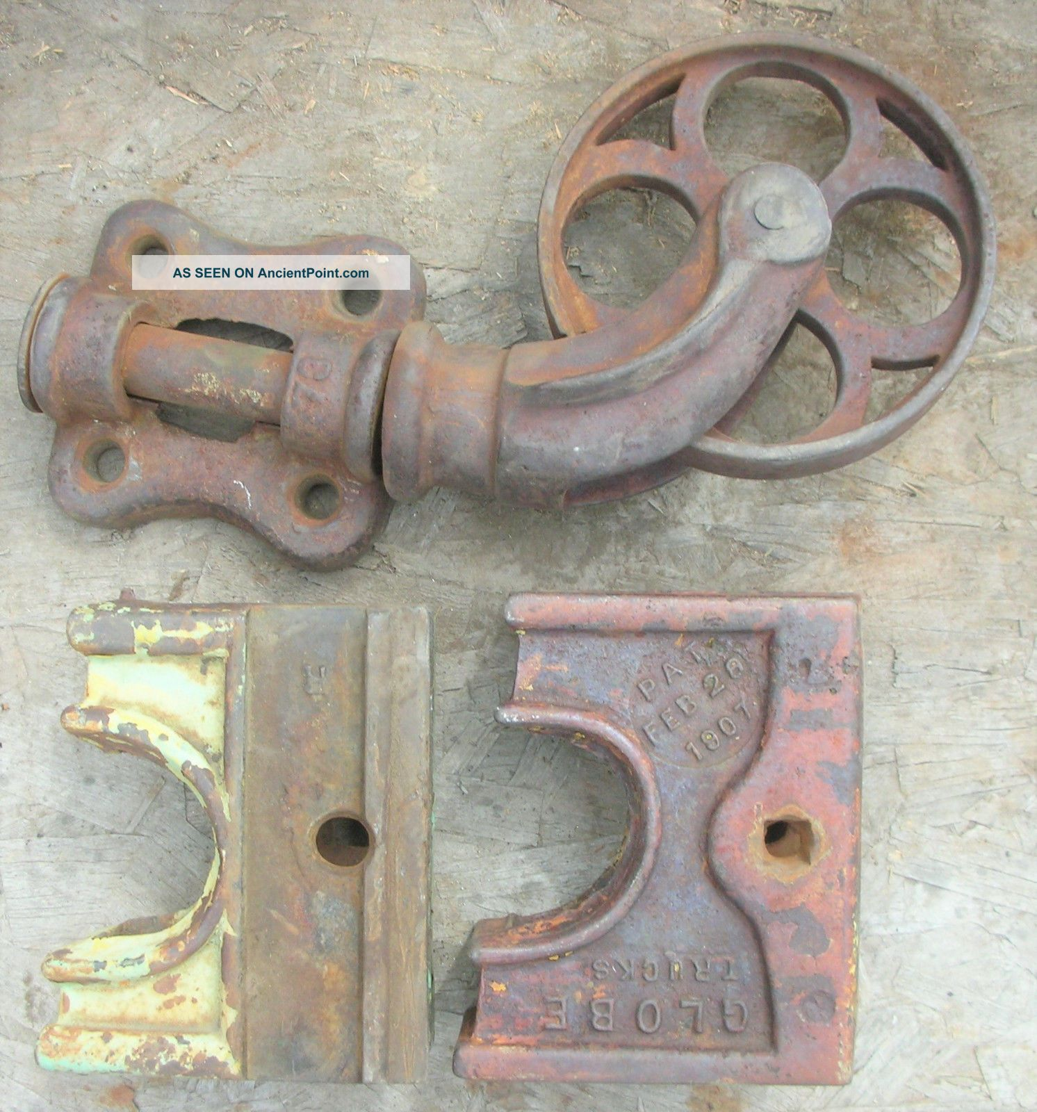 Heavy Vtg Industrial Railroad Cart Swivel Caster Wheels & 2 Corner Brackets Iron Other Mercantile Antiques photo