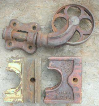 Heavy Vtg Industrial Railroad Cart Swivel Caster Wheels & 2 Corner Brackets Iron photo