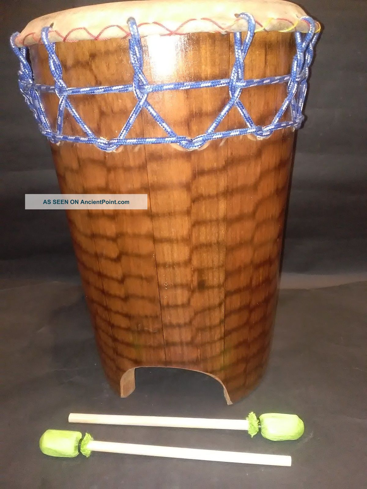 Mexican Huehuetl Drum Native Latin American Aztec Musical Percussion Instrument Percussion photo