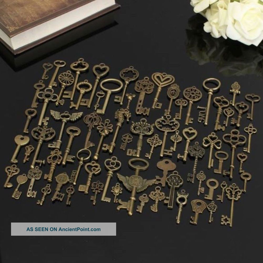 69pcs Unique Diy Antique Vintage Old Look Bronze Skeleton Keys Fancy Pendant See more 69pcs Unique DIY Antique Vintage Old LOOK Bron... photo