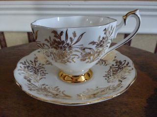Queen Anne Bone China England Cup & Saucer photo