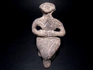 Choice Neolithic Ceramic Idol Figurine–vi Millennia B.  C,  Replica photo