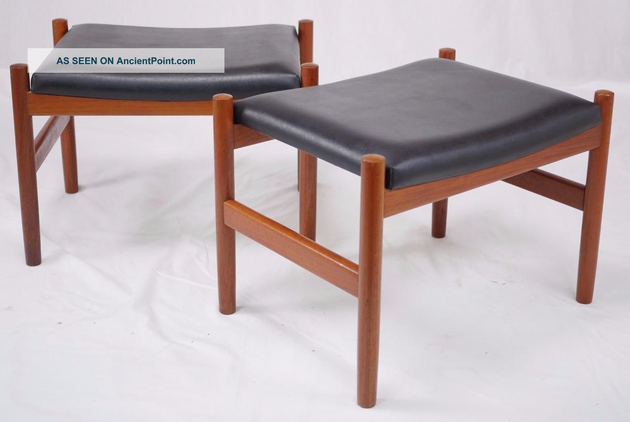 Modern Danish Design - 2 X Teak Footstools - Wegner Era Other Antique Furniture photo