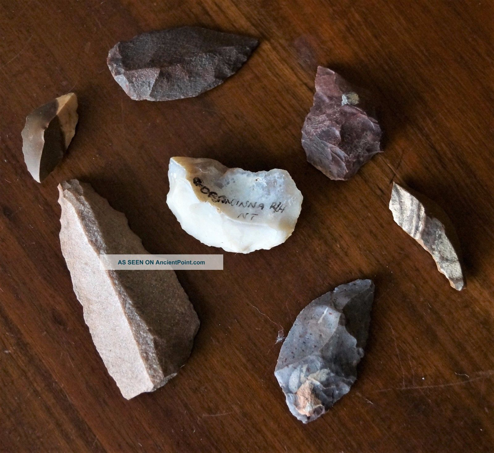 Seven Aboriginal Spear Tips (3),  4 Scrapers - Northern Territory Stone Tools.  8cm Pacific Islands & Oceania photo