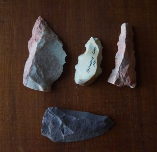 Four Large Aboriginal Spear Tips,  Scraper - Northern Territory Stone Tools.  9cm. photo