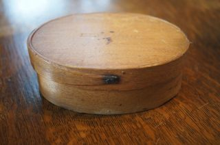 Antique Hingham Mass Sprague Oval Pantry Box Signed Patina Shoe Peg photo