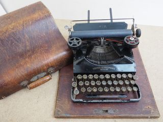 Antique Typewriter Senta 3 W/case Schreibmaschine Ecrire Escribir Scrivere photo