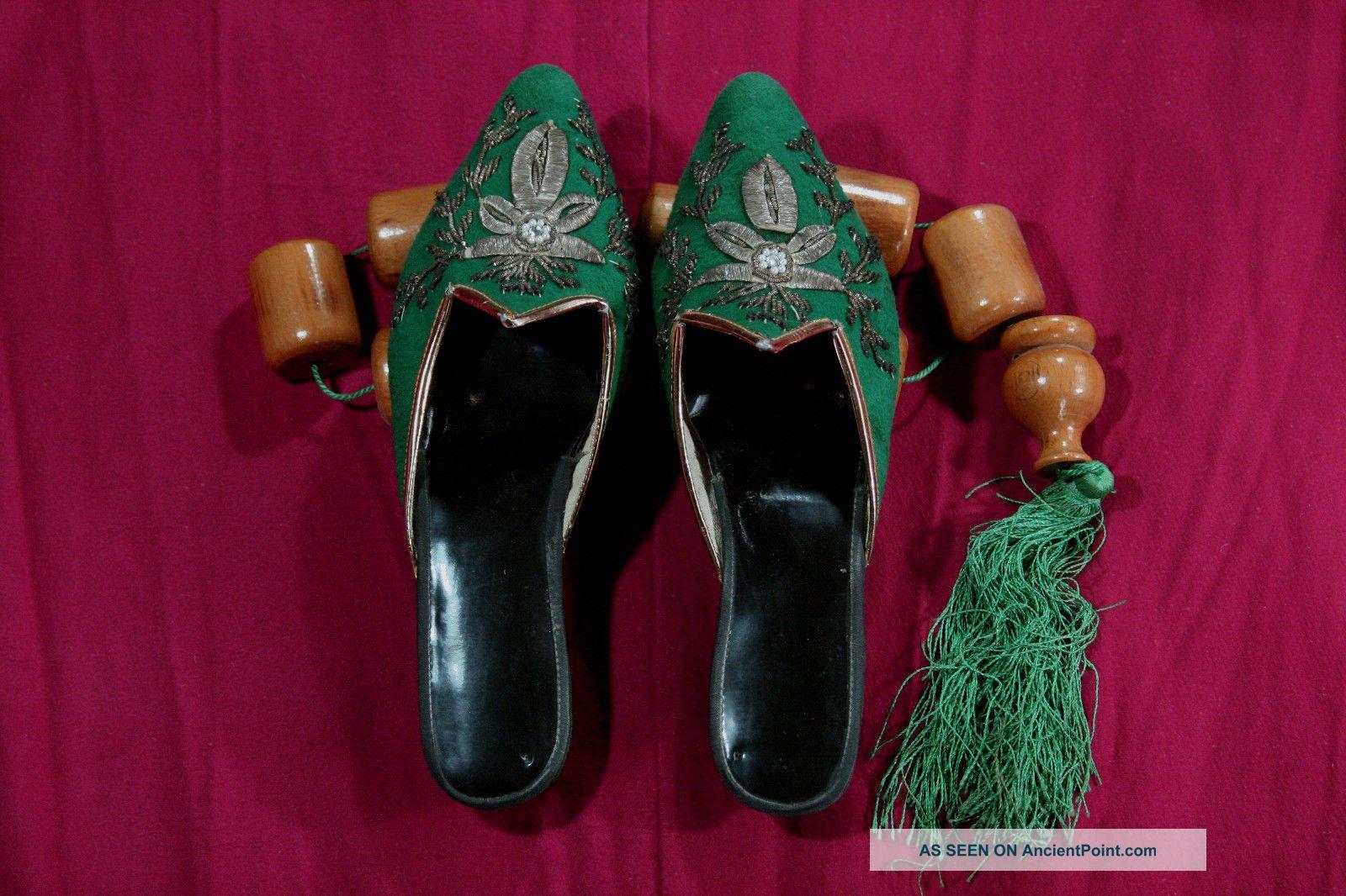 Antique Unique Handmade Ottoman 19th C Women Slippers Wool Silver Thread Design Islamic photo