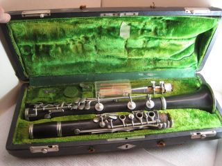 Vintage Musical Instrument,  Clarinet,  C.  G.  Conn,  Elkhart Ind. ,  20n,  B175462l,  Antique photo