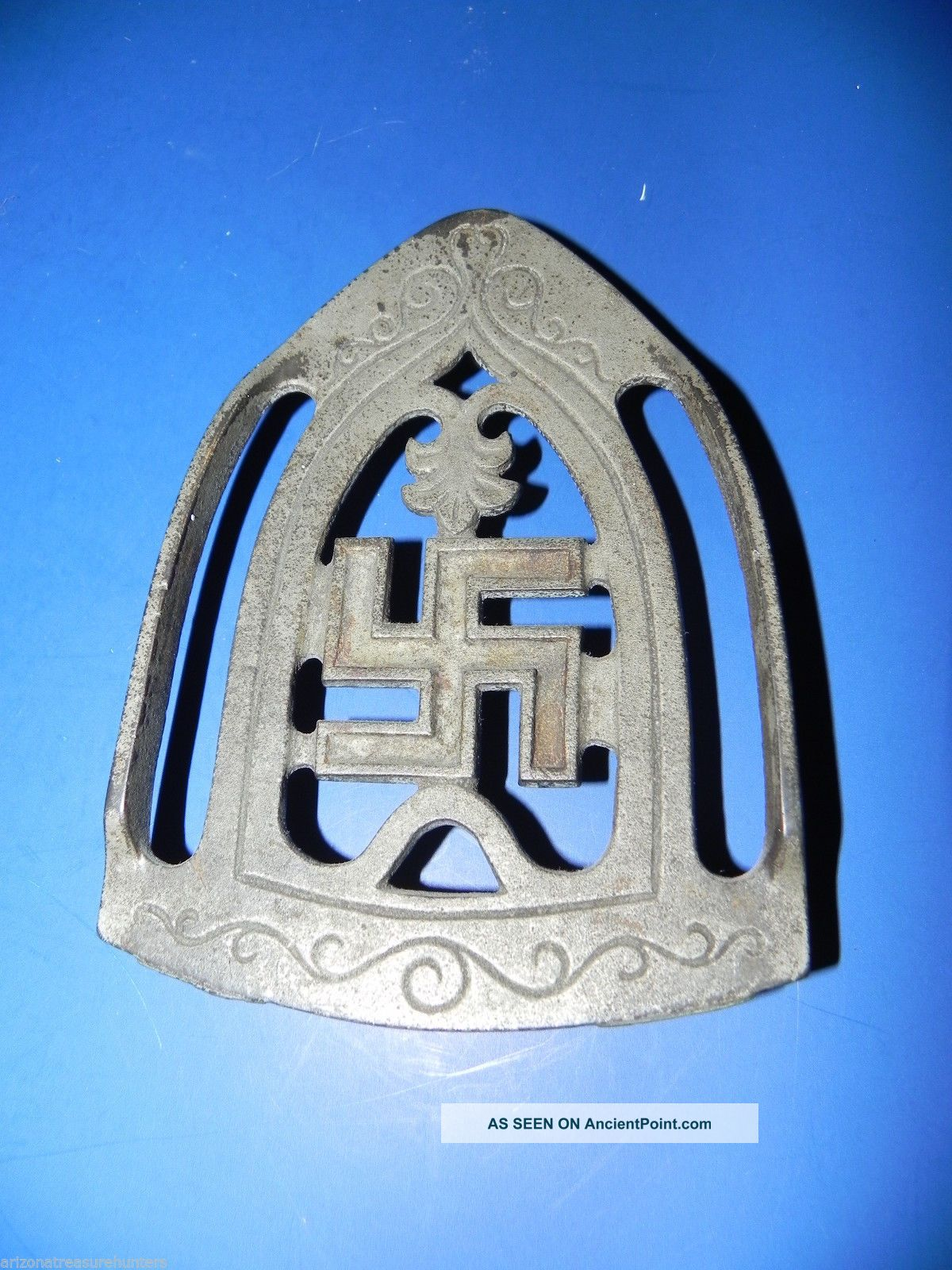 Rare Vintage 1900 ' S Antique Cast Iron Swastika Good Luck Trivet Pre - Wwii 5.  25